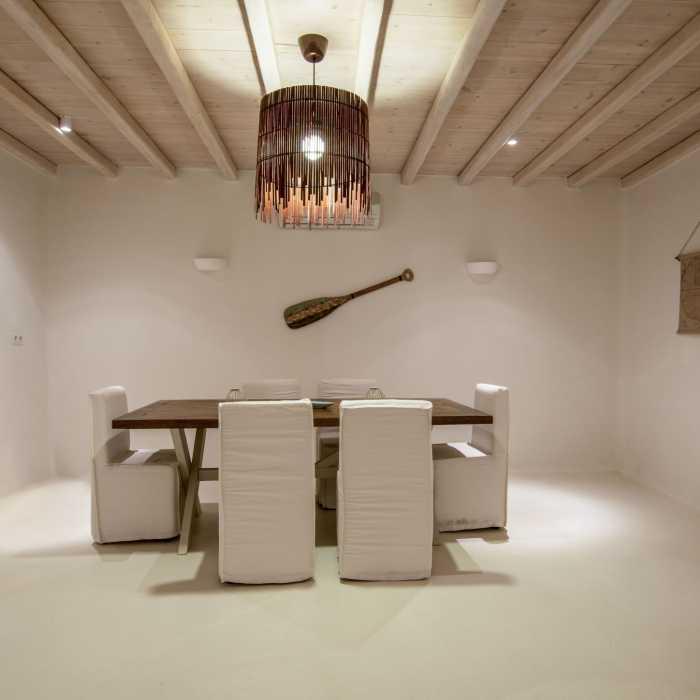 Villa Melmastia Mykonos - Ground floor dining area