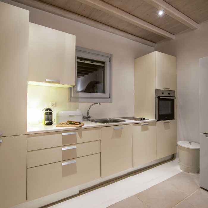 Villa Melmastia Mykonos - Secondary kitchen
